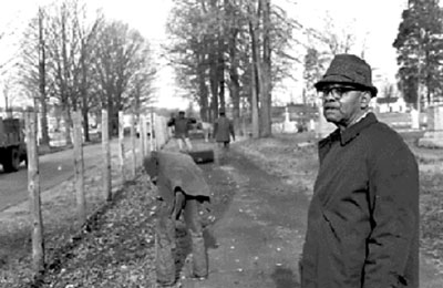 As Charlotte's first black City Council member in the 20th century, one of Fred Alexander's important symbolic accomplishments was to dismantle the fence that separated Charlotte's white Elmwood Cemetery from black Pinewood Cemetery. (Charlotte Mecklenburg History Landmarks Commission photo)