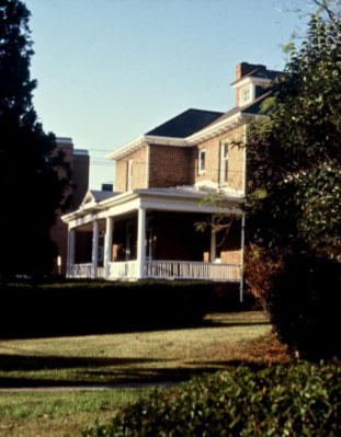Dr. George & Marie G. Davis House, photographed in the 1980s. (Photo by Tom Hanchett)